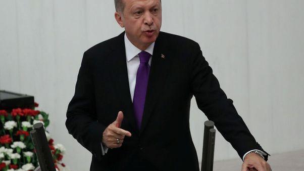 أردوغان: تركيا ستقاوم العقوبات الأمريكية بسبب القس المحتجز