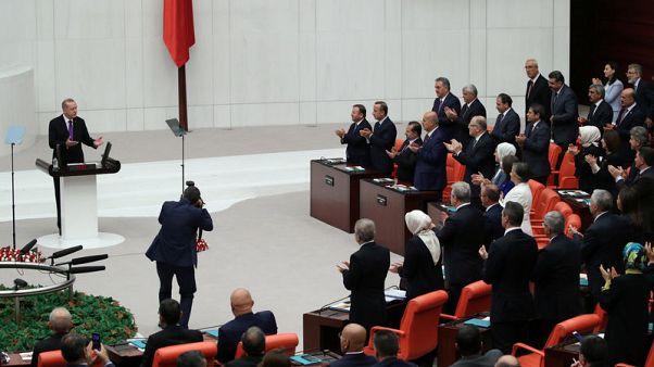 صحيفة: تركيا تطالب ألمانيا بتسليم 136 شخصا للاشتباه في صلاتهم بالإرهاب