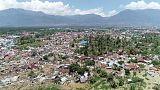 الرئيس الإندونيسي يأمر بالبحث عن ضحايا الزلزال وعدد القتلى يتجاوز 1200