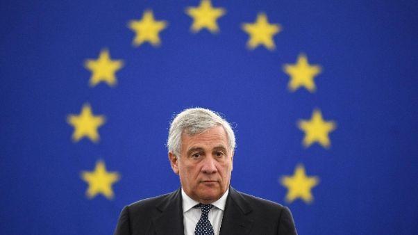 Tajani, posizione Conte sia del governo