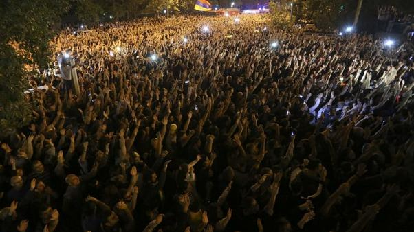 Thousands rally in Yerevan to demand early parliamentary vote