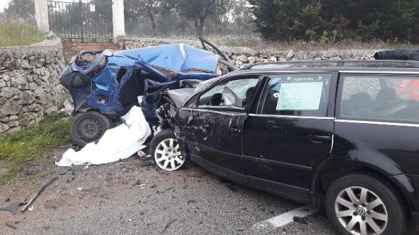 Bimba morì in auto, genitori condannati