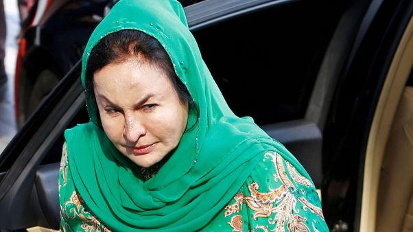 لجنة مكافحة الفساد الماليزية تحتجز زوجة رئيس الوزراء السابق