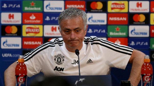 Mourinho traballa, futuro in 10 giorni