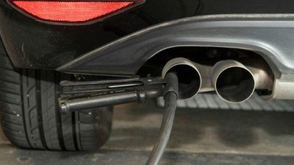 Le Parlement européen veut une réduction de 40% des émissions de CO2 des voitures