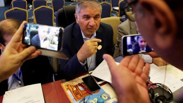 إيران تقول روسيا والسعودية خالفتا اتفاق خفض الإنتاج مع أوبك