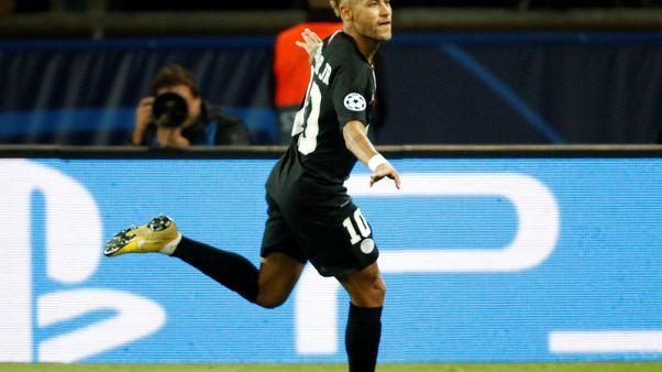 ثلاثية نيمار تقود باريس سان جيرمان لفوز ساحق 6-1 على رد ستار