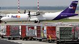 Ahead of holidays, FedEx leans on special bonuses to keep pilots from retiring