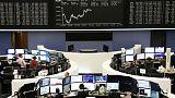 الأسهم الأوروبية تتراجع رغم مكاسب البنوك