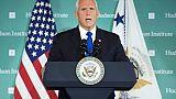 Le vice-président américain accuse Pékin de vouloir se débarrasser de Trump