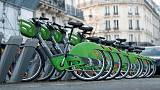 Car supremacy battle chokes streets of Paris