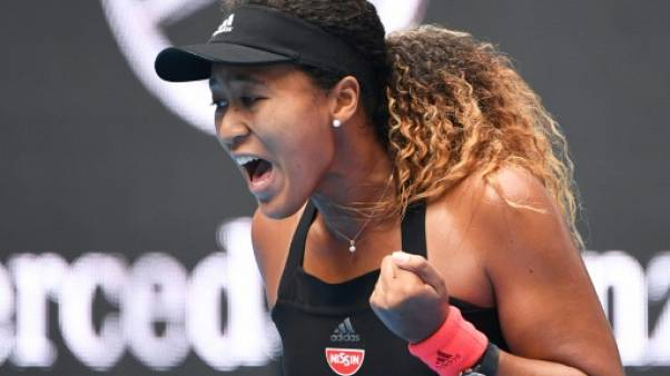 Tennis: Osaka surmonte ses larmes pour aller en demi-finale à Pékin