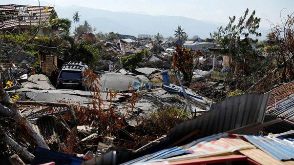 ارتفاع عدد قتلى زلزال إندونيسيا إلى أكثر من 1570