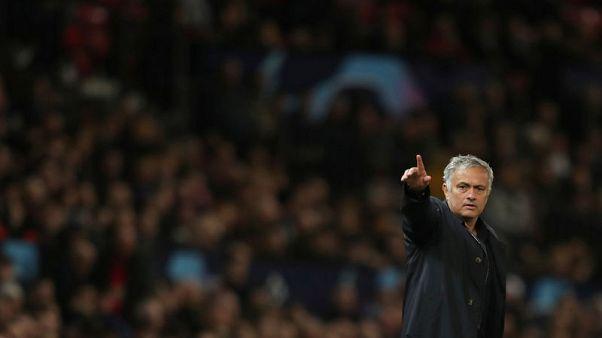 """مورينيو يطالب مانشستر يونايتد """"المتعثر"""" بالانتفاض أمام نيوكاسل"""