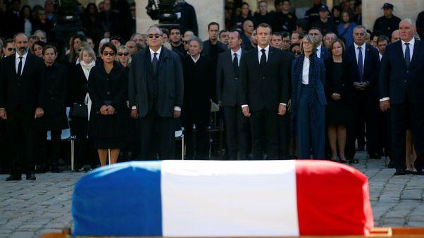 فرنسا تودع أزنافور وتشيد بجذوره الأرمينية