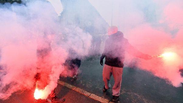 A Milano corteo studenti contro Salvini