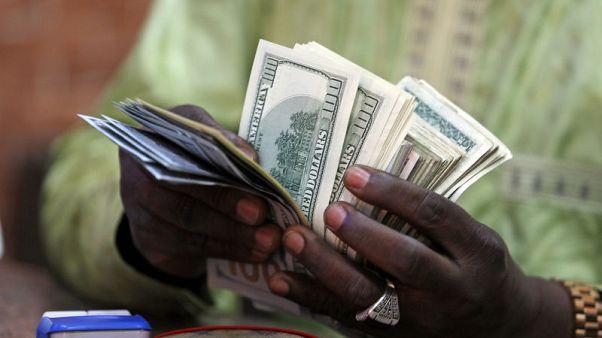 وثائق: نيجيريا تطالب إم.تي.إن بفائدة 15% على 8.1 مليار دولار حولتها للخارج