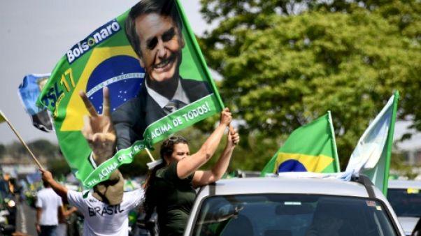 Présidentielle au Brésil: les candidats mobilisés, Bolsonaro très grand favori
