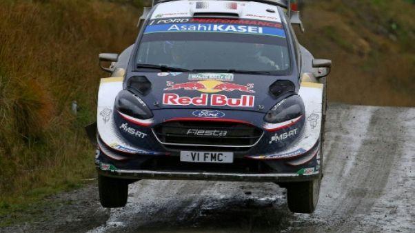 Rallye de Grande-Bretagne: Tänak en panne, Ogier passe en tête