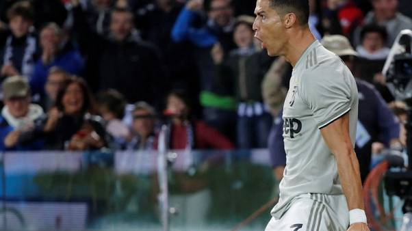 رونالدو يسجل ثانية ليحافظ على بداية يوفنتوس المثالية في الدوري الايطالي