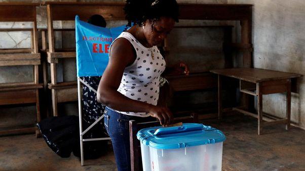 انتهاء التصويت في انتخابات الرئاسة في الكاميرون وسط أعمال عنف محدودة