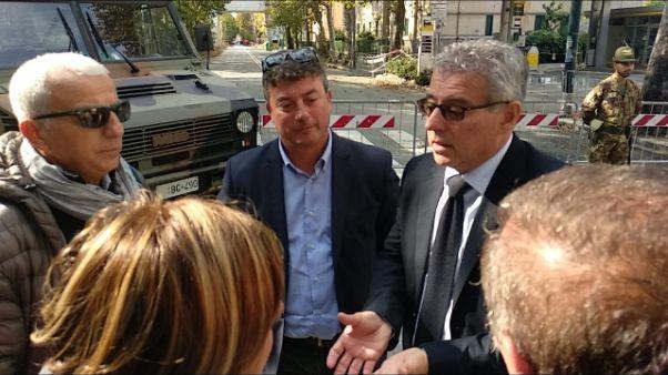 Sindaco Norcia fa visita sfollati Genova