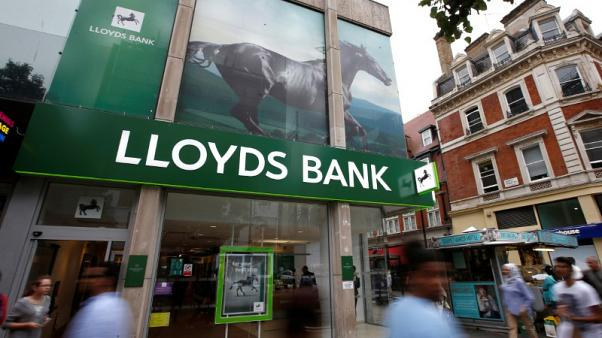 Schroders says it's talking to Lloyds about working closely in wealth sector