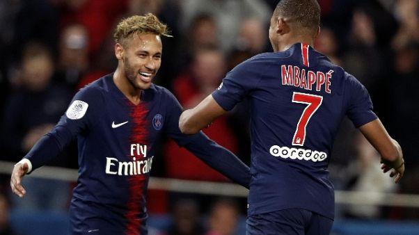 Mbappè show, quattro gol in 13 minuti