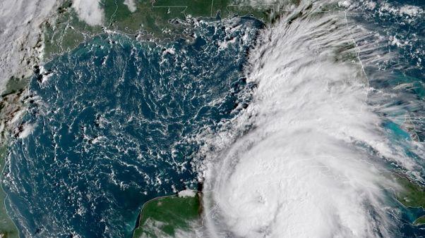 توقعات باشتداد الإعصار مايكل في طريقه إلى فلوريدا