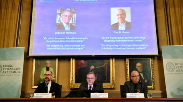 Le prix Nobel d'économie aux Américains William Nordhaus et Paul Romer