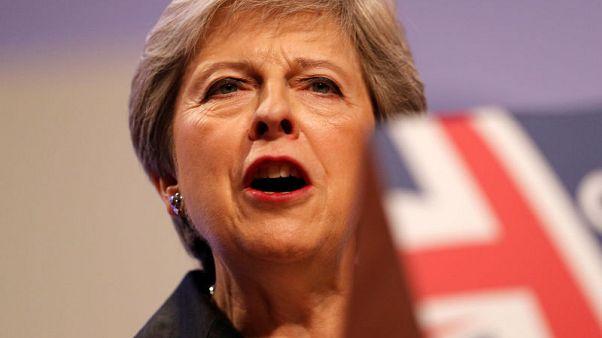 ارتفاع ثقة الناخبين في تعامل رئيسة وزراء بريطانيا مع مفاوضات الخروج