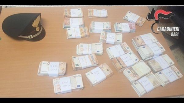 200mila euro nel materasso, 2 denunce