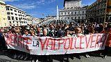 Crollo ponte: Genova torna in piazza