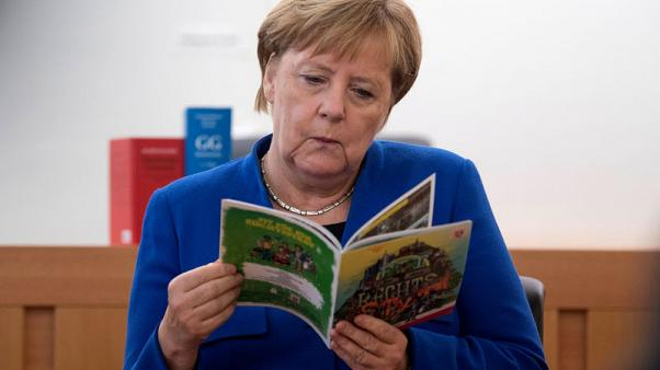 Germany to give its states 6.85 billion euros for migrant costs in 2019 - source