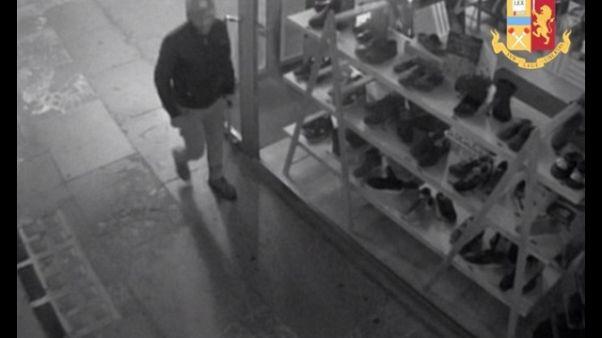 Spaccate a negozi Padova, un arresto