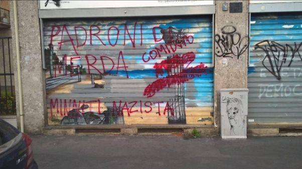 Imbrattata sede Pd a Milano