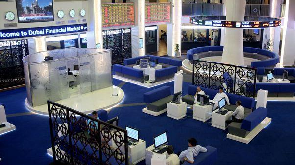 بورصة دبي ترتفع مدعومة بالعقارات وقطر تصعد بفعل مكاسب أسهم البنوك