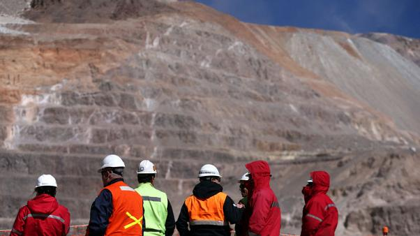 Barrick maintains forecasts ahead of Randgold vote