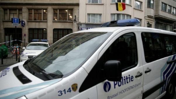 Véhicules de la police belge