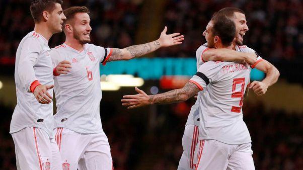 ثنائية الكاسير تقود إسبانيا لفوز ودي سهل 4-1 على ويلز