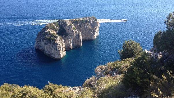 Disperso in mare, ricerche a Capri