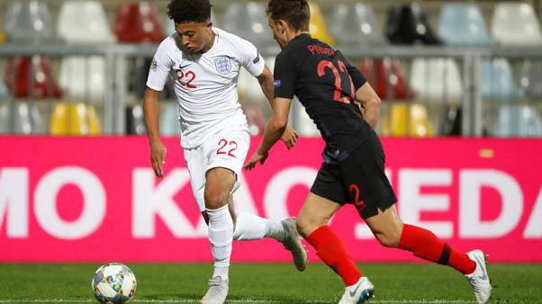 Teenager Sancho impresses England team mates in brief debut