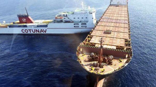 Scontro navi: indagine disastro ambiente