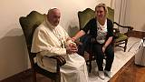 Papa vede sopravvissuta a strage Latina