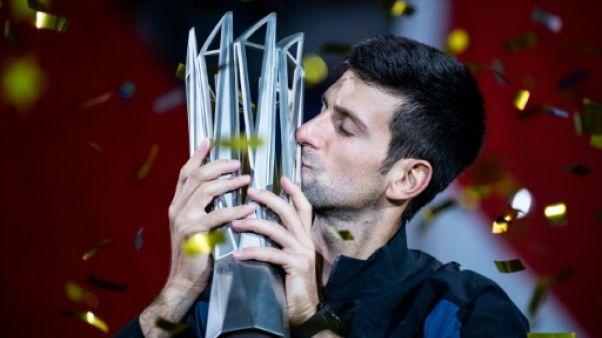 Tennis: Djokovic roi de Shanghai et tout proche du trône mondial