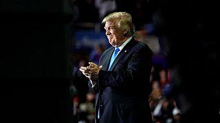 """ترامب """"مرتاح"""" في منصب رئيس الولايات المتحدة الأمريكية رغم المعارك السياسية"""