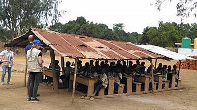 Des Experts Américains travaillent avec le Gouvernement Congolais pour Améliorer les Cantines Scolaires en République du Congo