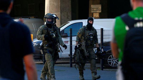 الشرطة الألمانية تحرر رهينة في محطة قطارات بكولونيا