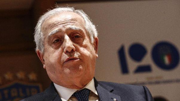 Astarita:Fabbricini,sport batta politica