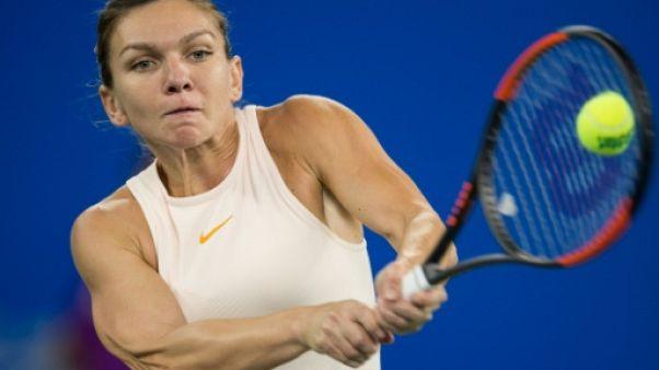 """Tennis: Simona Halep """"très heureuse"""" de terminer l'année en tant que N.1 mondiale"""